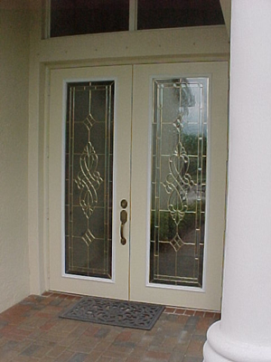 wr_windsor_brass_22x80_outside.jpg